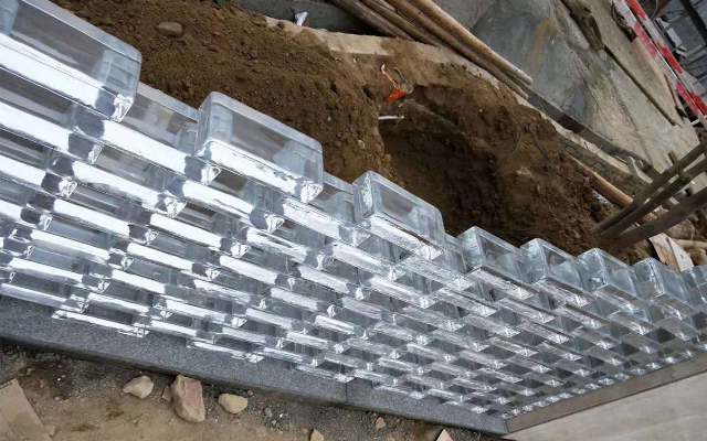 Wholesale outdoor 200*100*50mm solid glass bricks