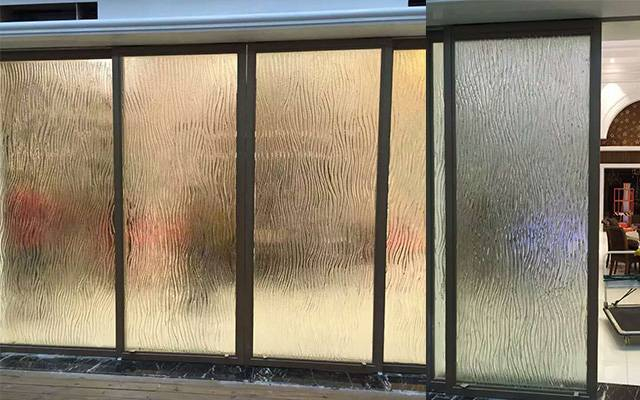 Water textured Fusion glass door