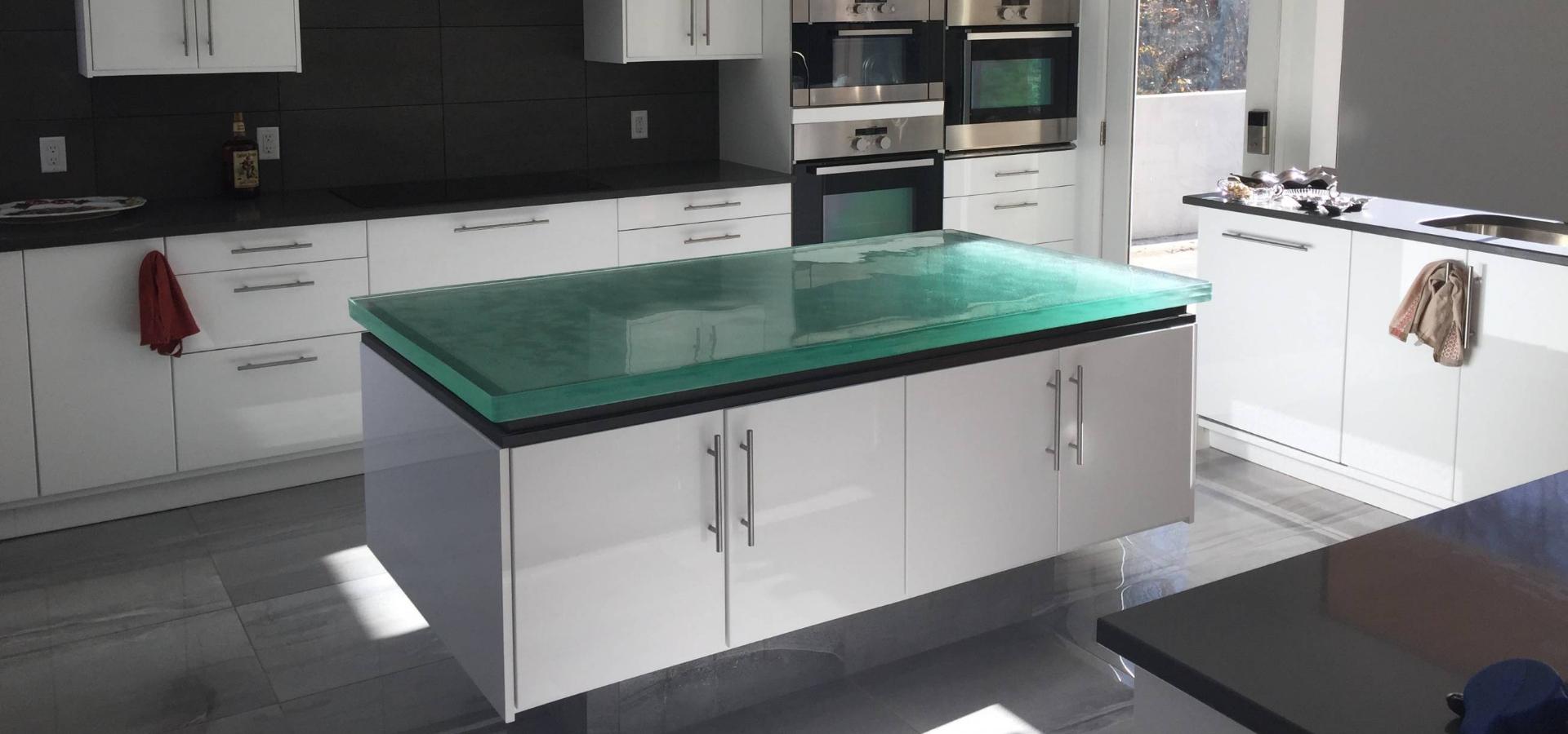 Jinrun supplies wholesale green Golden Line glass