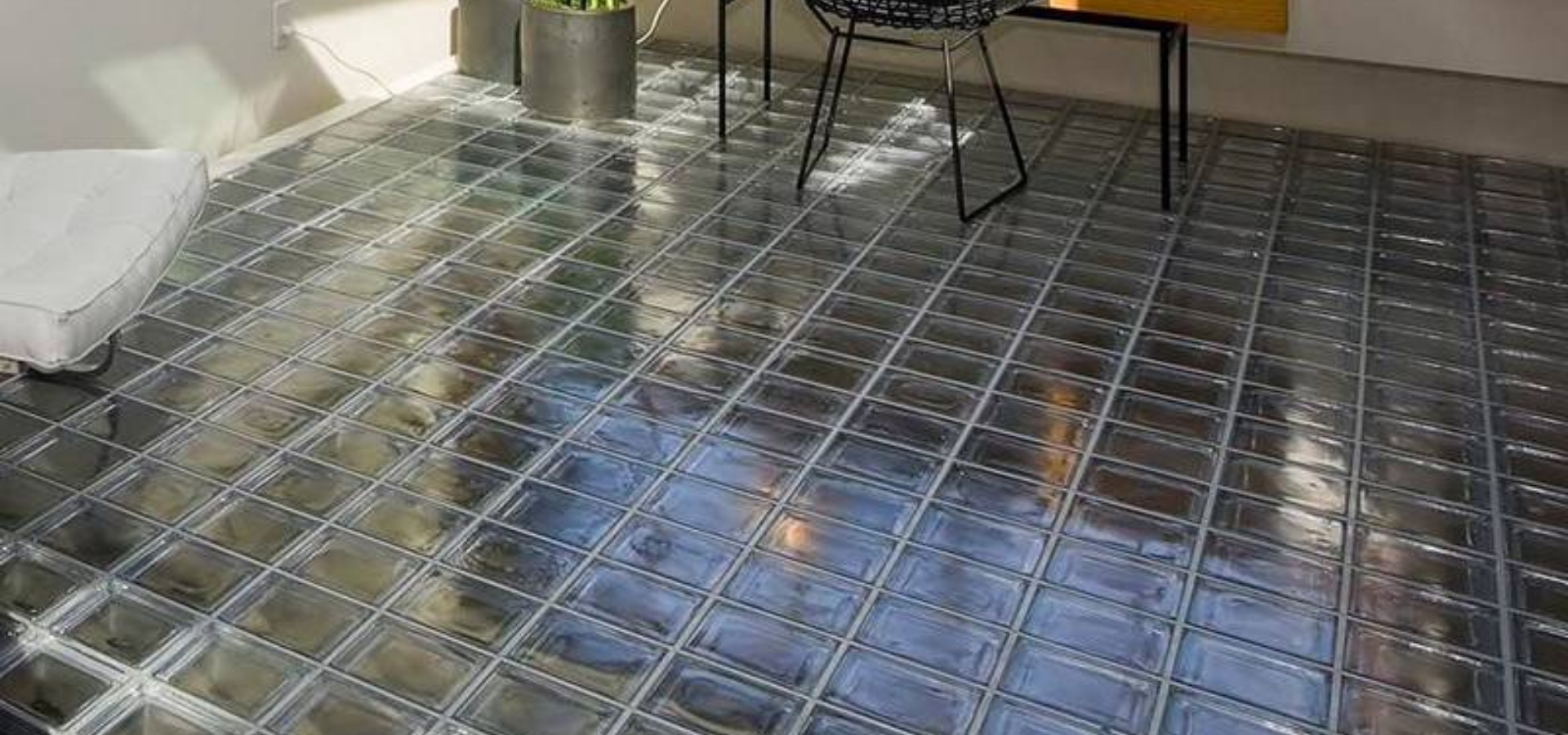 Clear Solid Glass Bricks Floor