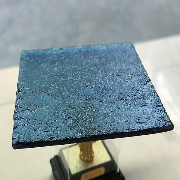 Natural blue color hot melt glass
