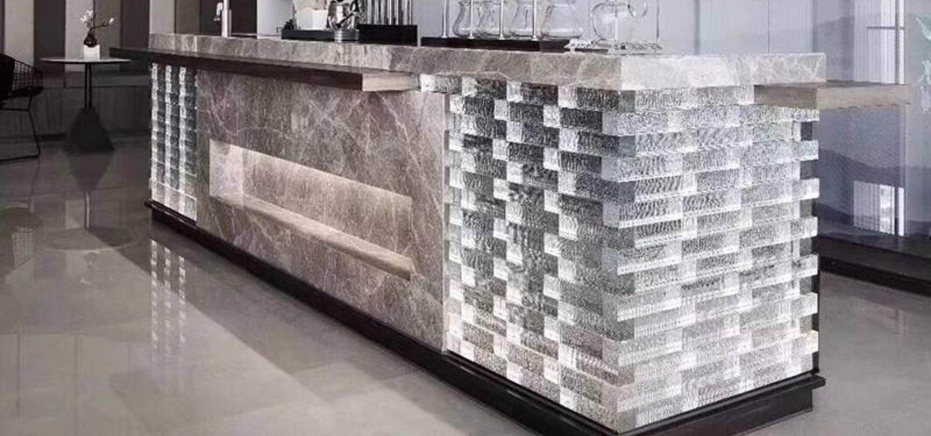 Glass bricks withh bubbles for support