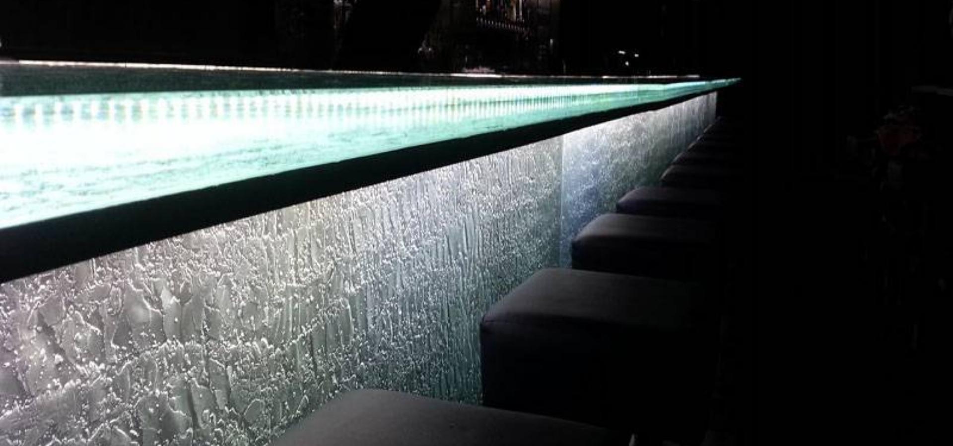 Natural textured bar glass