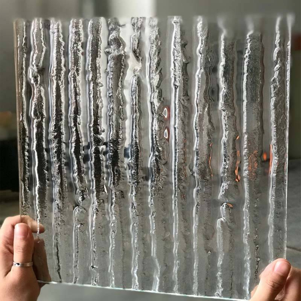 Vertical bar pattern kiln safety glass